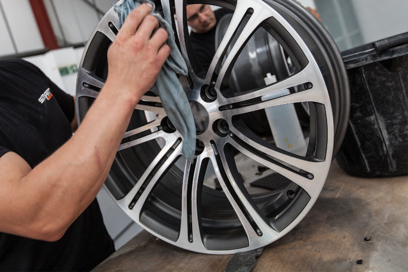Alloy-Wheel-Finishing